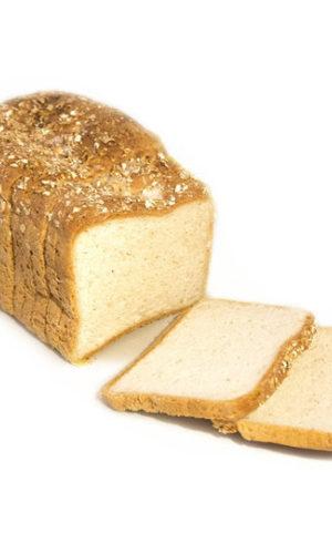 Bruinbrood gesneden
